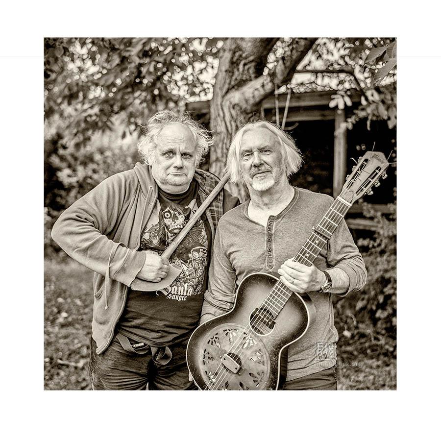 Claus Boesser-Ferrari & Eugene Chadbourne - fixcel photo edition